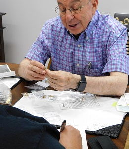 Jewelry Judge Ben Gordon - Houston Jewelry Appraisal - While You Watch